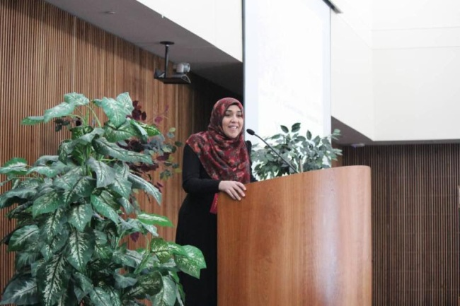 Sr. Yasmin Mogahed